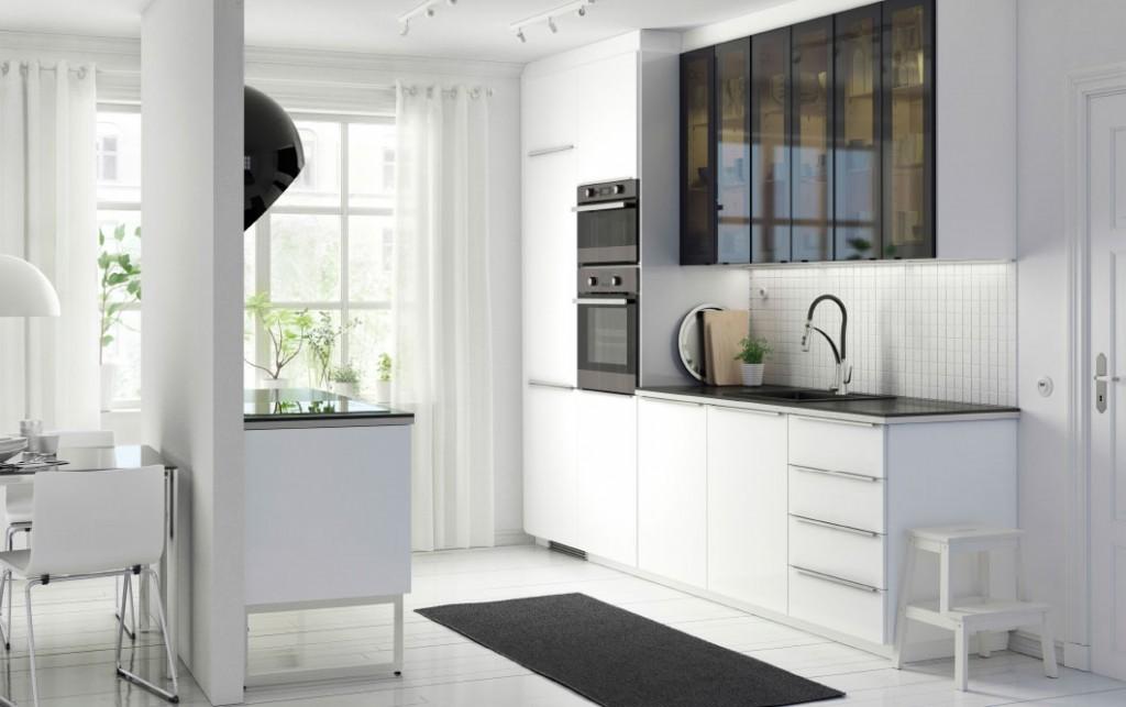 stylish-glass-doors-in-gloss-matte-glass-white-modern-kitchen-shelves-with-glass-doors