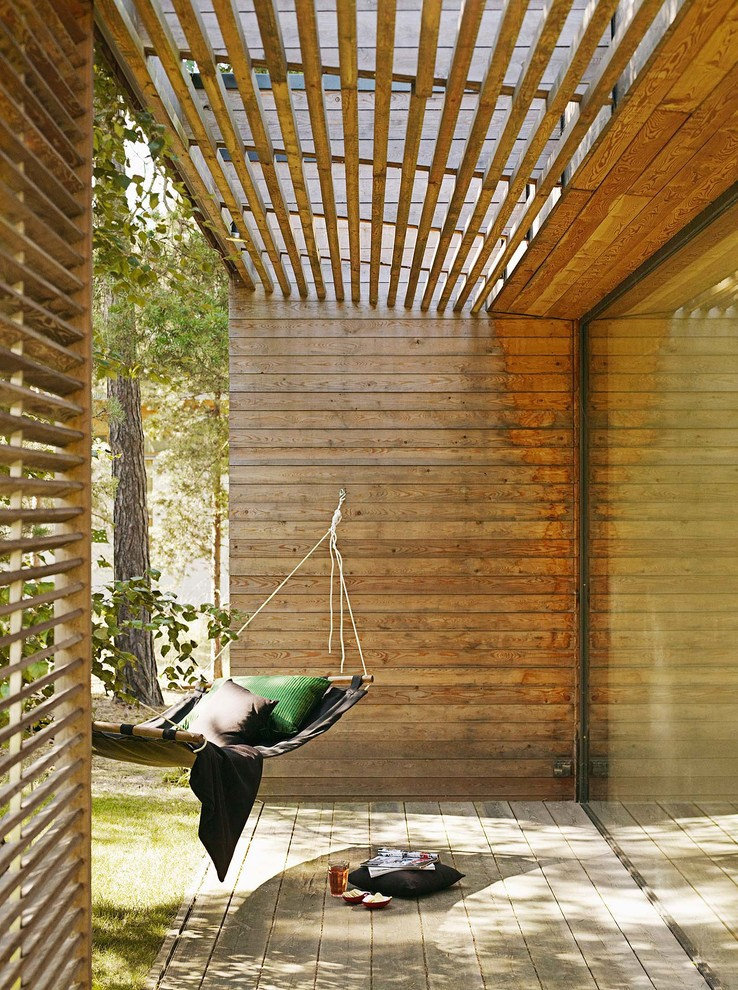 sun-protection-with-wooden-lamellas-design-porch