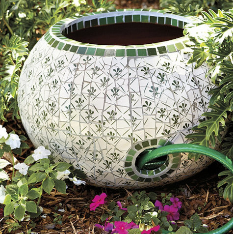 tank-for-the-garden-hose-ceramic-garden-decoration-out-of ceramic
