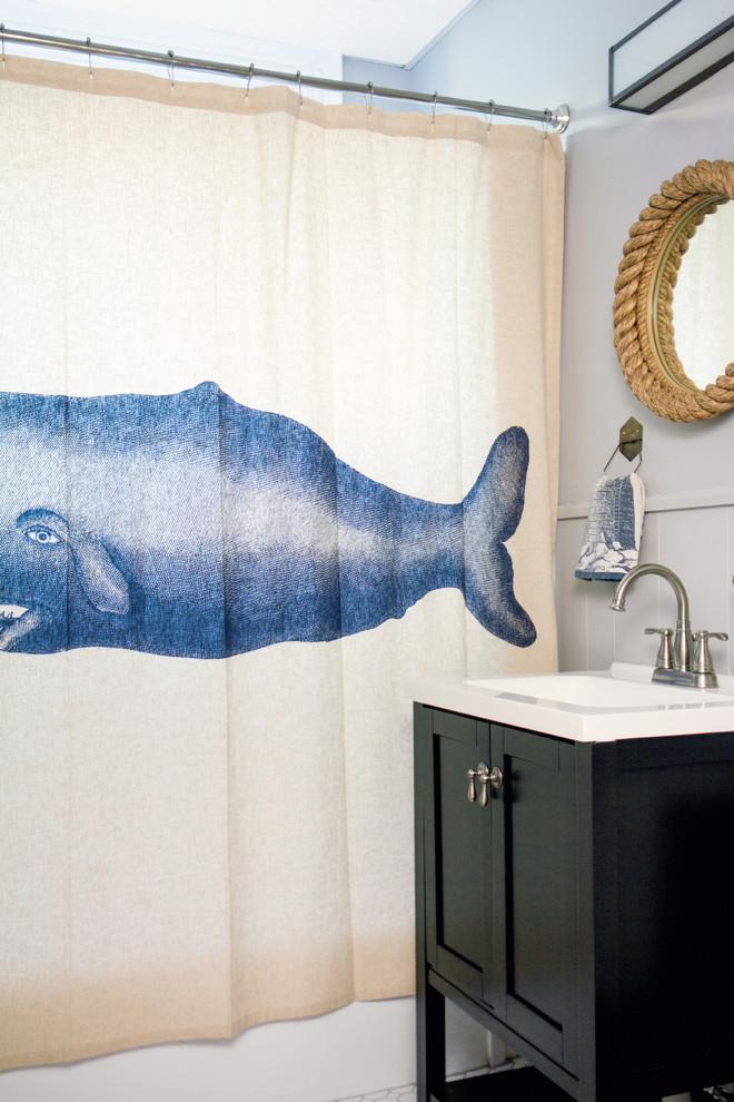 the-maritime-style-shower-curtain-bathroom-design