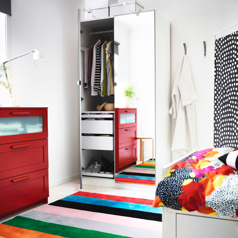wardrobe-with-mirrored-doors-for-the-childrens-room-high-quality-closets-for-the-bedroom