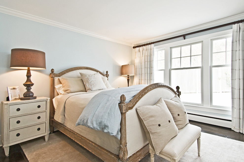 white-and-beige-eclectic-design-bedroom