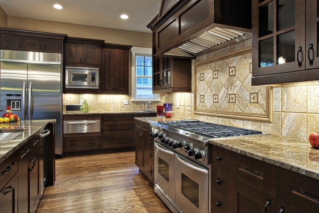 f-kitchen-countertops-made-of-granite-the-finest-optics-for-your-kitchen