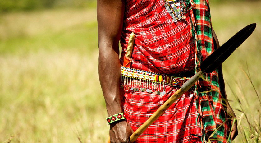 Kenya Africa Masai Traditional Clothes and Weapon naboisho__the_masai_mara