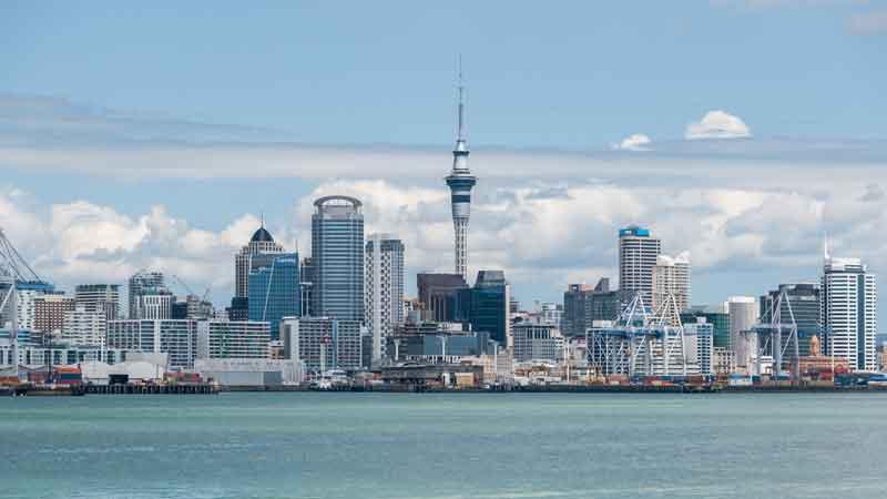 Auckland-city-New-Zaeland-Tower-Harbour-Buildings-Ocean-Landscape