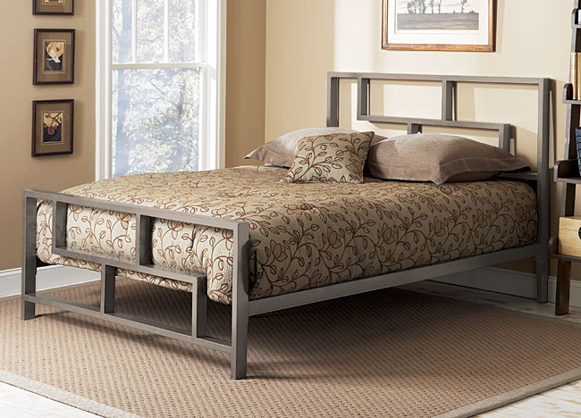 Bed with iron frame - bedroom luxury beds