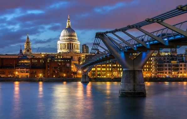 City of St. Paul England millennium-bridge city lights London