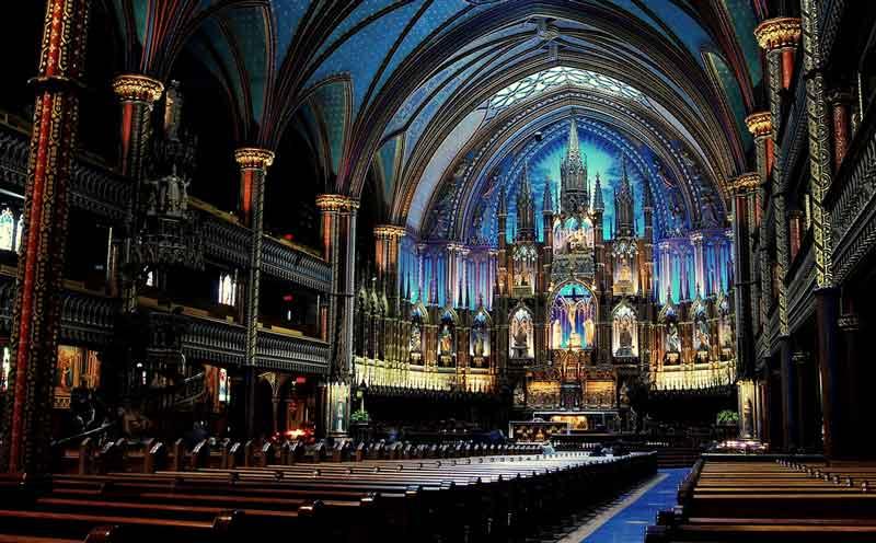 Inside-Notre-Dame-Cathedral-Paris-France