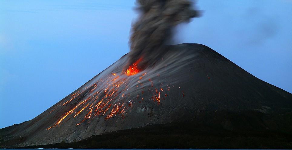 Krakatoa, Indonesia vulcano eruption Volcanoes
