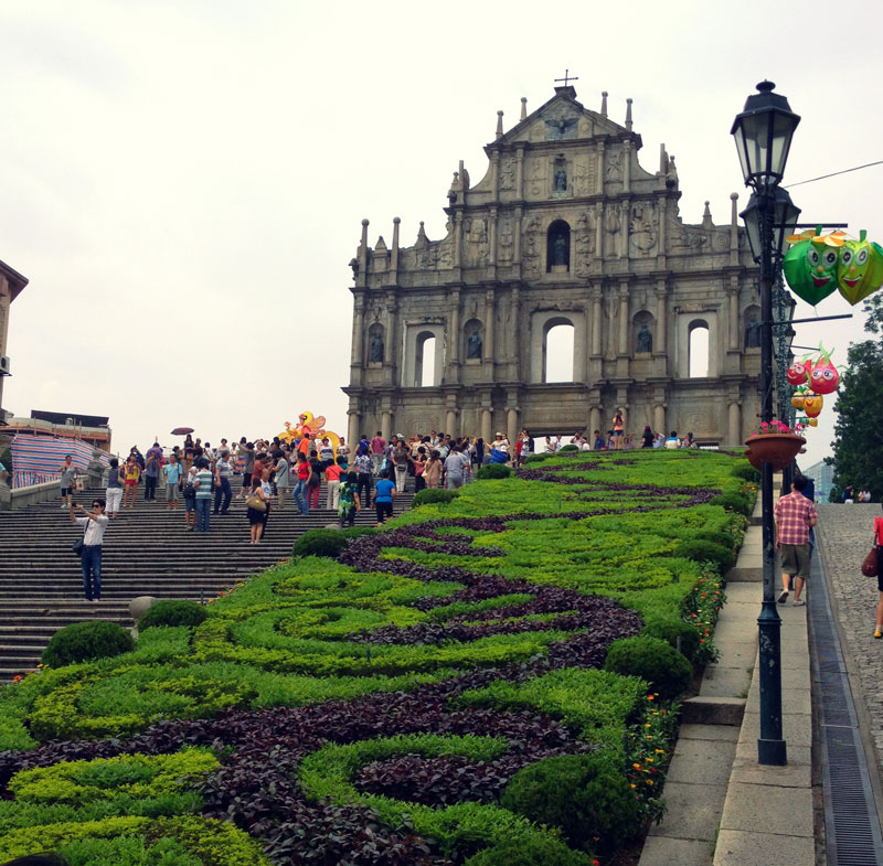 Ruins_Of_St_Paul's_Cathedral,_Macau-China-UNESCO-Heritage