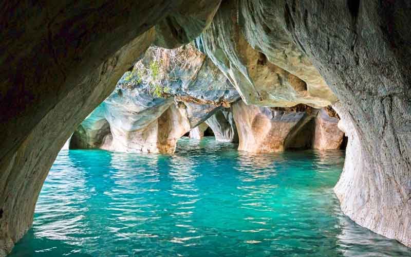 The-Marble-Caves-In-Chile-Lakes-turquoise-water-beautiful-erosion-geology