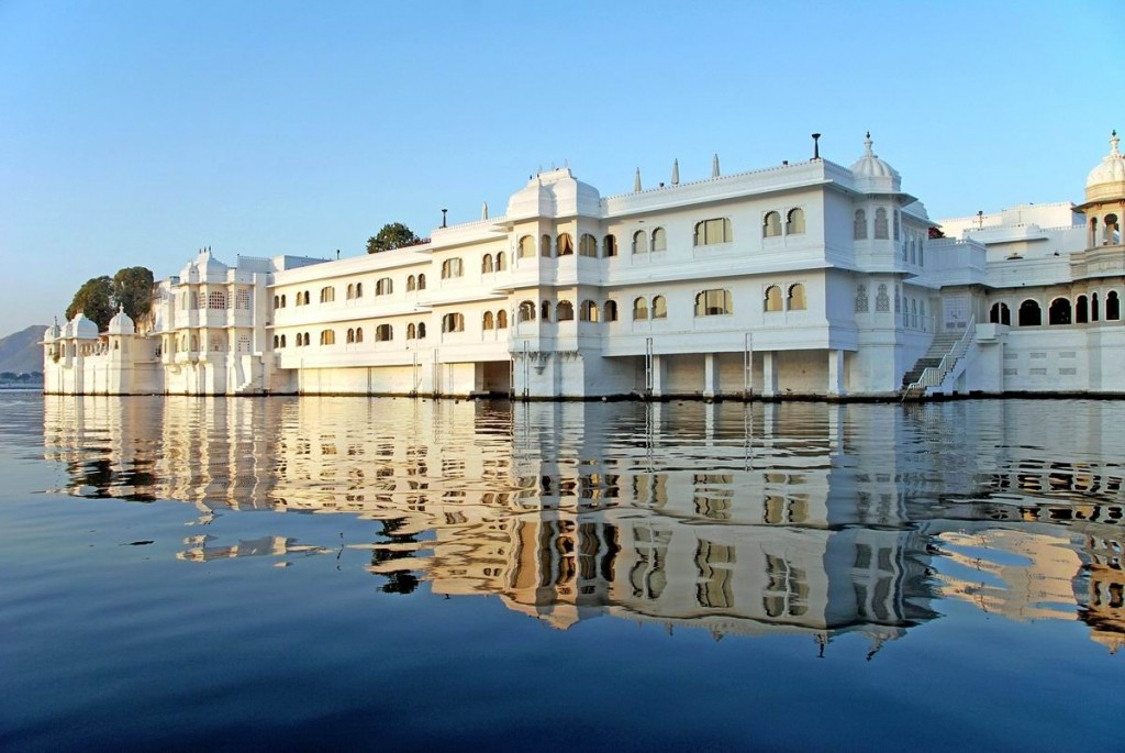 taj-lake-palace-luxury-hotel-rajasthan The Palace on the Lake, India