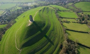 Avalon, England avalon green hill knights arthur famous tourist destination
