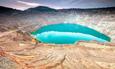 Cosmic-Desert-Pit-In-Bulgaria-blue-waters-tourists-in-bulgaria-mountains-amazing-landscape
