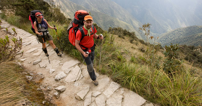 Hiker-on-the-Inca-Trail dangerous route most beautiful trails