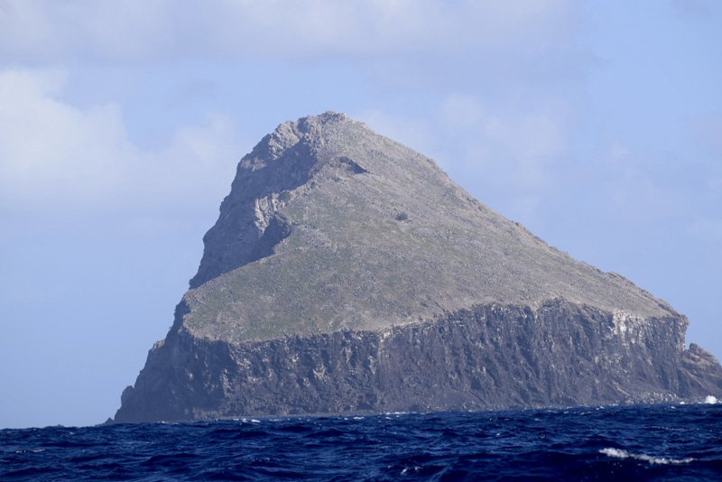 Kingdom-Of-Redonda-island-country-micronations-monarcy