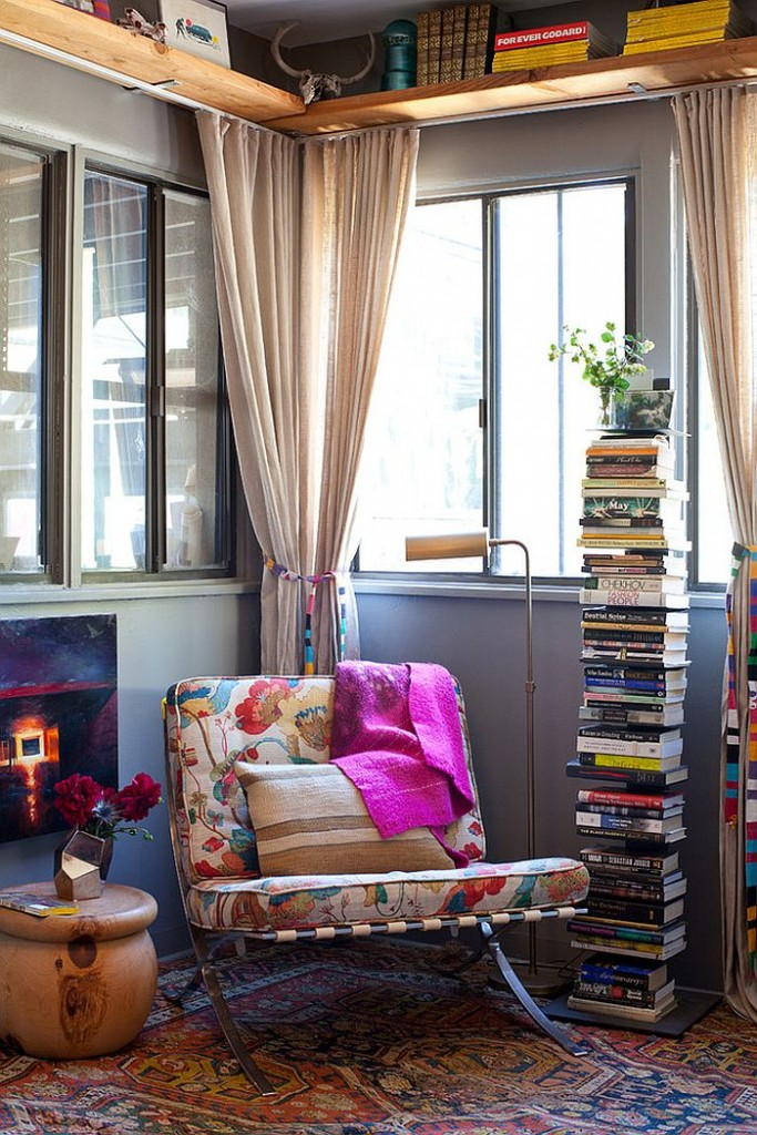 modern reading nook colorful sofa carpet modern lamp Smart-way-to-stack-up-the-books-in-the-reading-nook