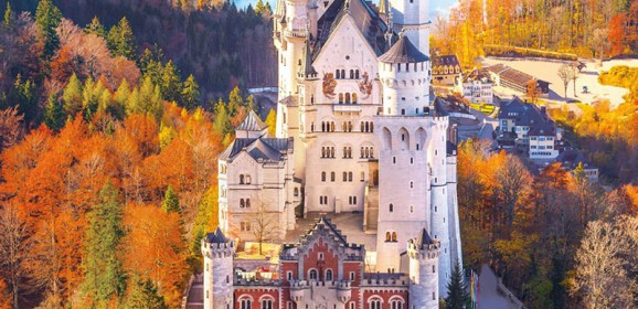 Top 5 Fall Vacation Spots To Visit This Year