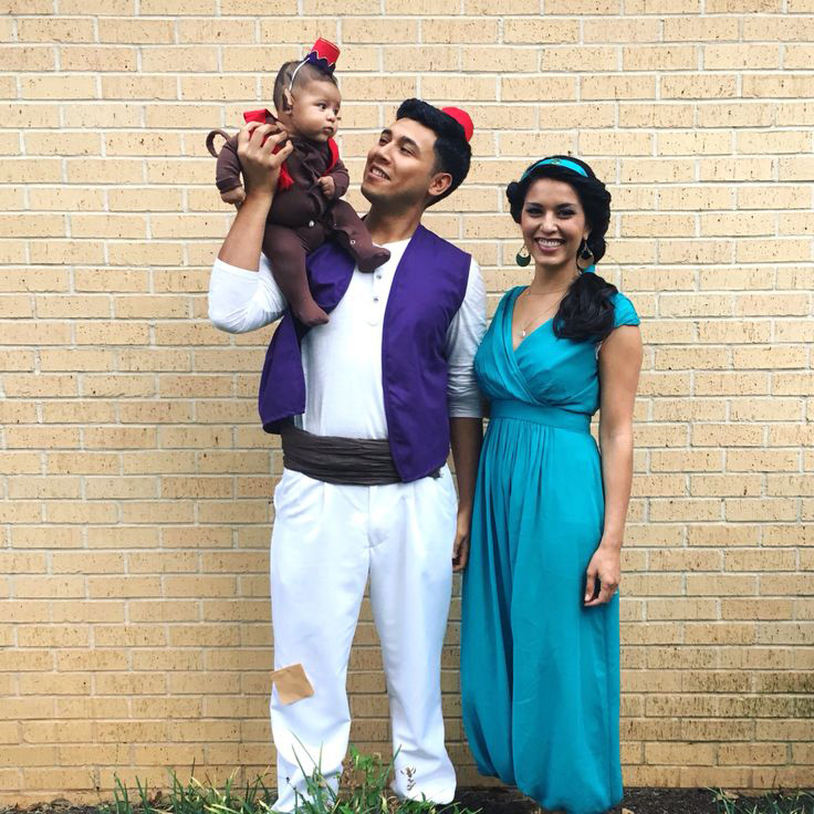 Aladdin-Princess-Jasmine-Family-Halloween-costumes-Halloween-costume-  sc 1 st  PRE-TEND Be curious & Halloween Costume Ideas 2017 - PRE-TEND Be curious - Travel