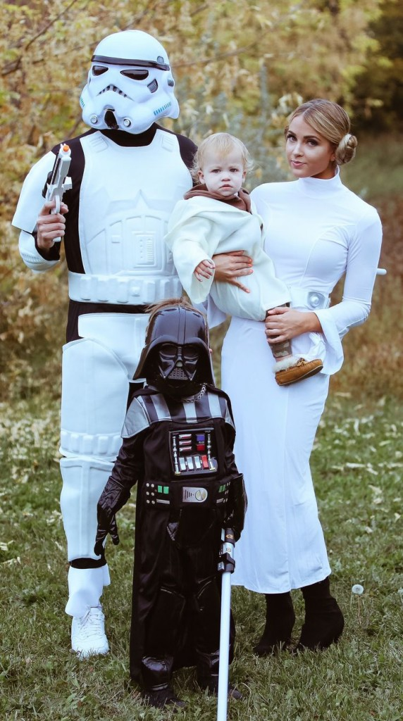 Family-Halloween-Costume-Star-Wars-Halloween-costume-ideas--Costume-ideas-Baby-Halloween-costumes-Halloween-ideas-Superhero-costumes