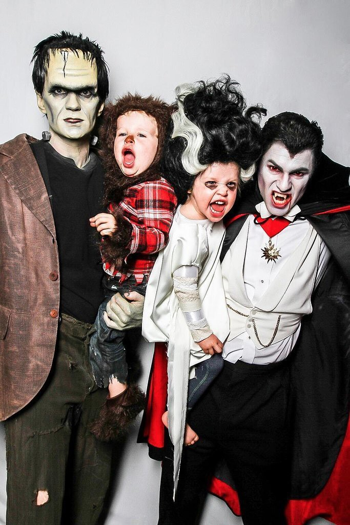 Halloween-Family-Costumes-Dracula-Halloween-costume-ideas--Costume-ideas-Baby-Halloween-costumes-Halloween-ideas-Superhero-costumes