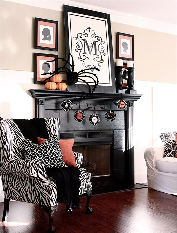 Halloween home decor ideas spider on the wall fireplace pumpkin Halloween decoration ideas