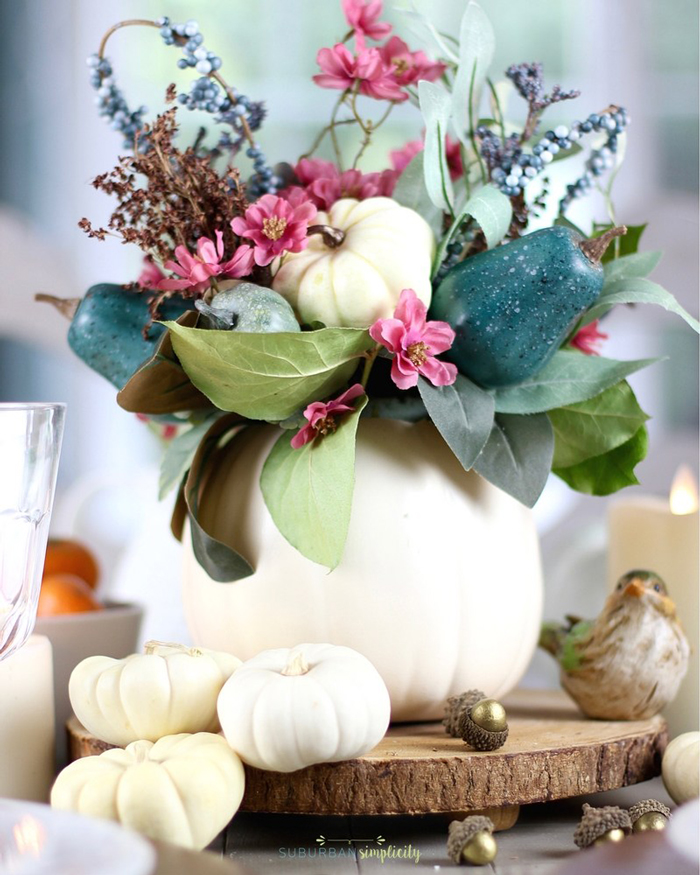 Thanksgiving-Table-Pumpkin-as-a-vase-thanksgiving-centerpiece-thanksgiving-table-settings--inexpensive-thanksgiving-table-decorations-thanksgiving-table-decor-ideas-thanksgiving-centerpiece-ideas