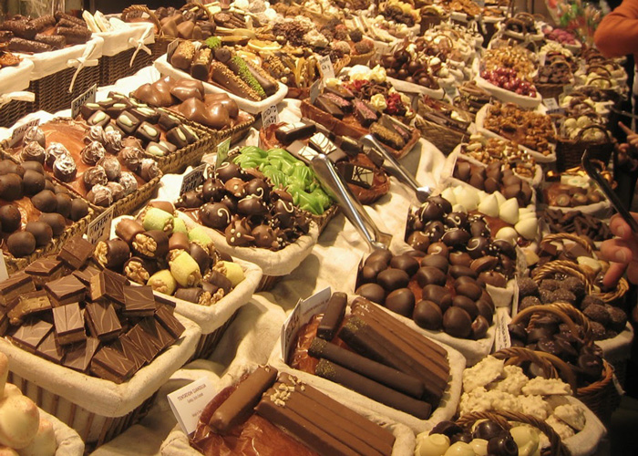 Barcelona-Spain-Christmas-Market-Chocolate-Stall-best-christmas-markets-christmas-market-holidays-best-christmas-markets-in-europe-christmas-markets