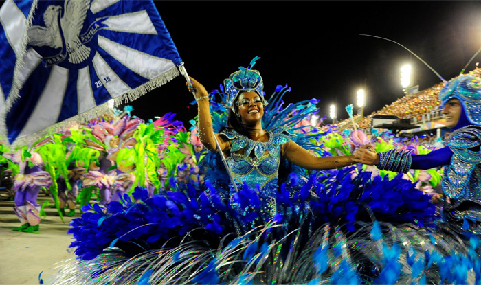 Carnival-in-Rio-de-Janeiro-Black-Womand-in-Blue-Dancing-carnival-festival-carnival-party-carnival-events-local-carnivals-carnival-cruise
