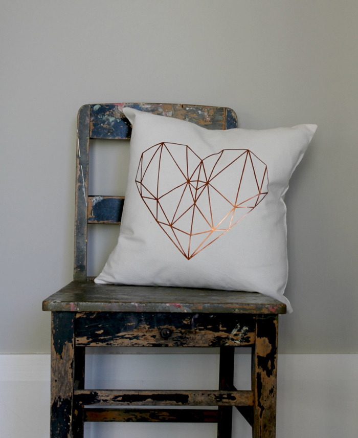 Copper-Heat-Pillow-Cover-Cosy-Atmosphere-Industrial-Look-in-Interior-Accents