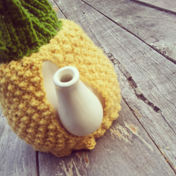 Knitted Home Décor For Cosy Winter Days - PRE-TEND Be curious.
