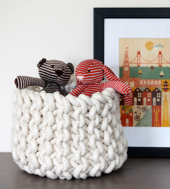 Cute-Knit-Basket-Children-Toys-Home-decor-crochet-home-décor-knitted-decorations