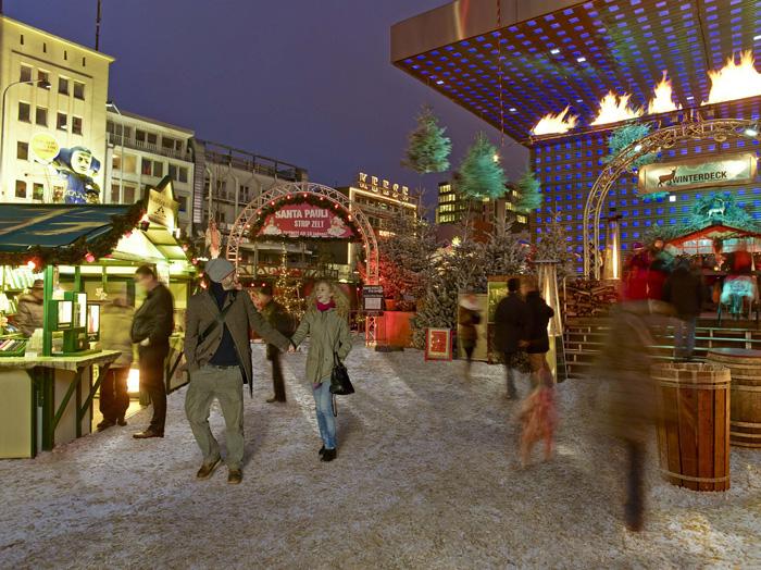 Hasmburg-Christmas-Market-Happy-Couple-best-christmas-markets-christmas-market-holidays-best-christmas-markets-in-europe-german-christmas-markets