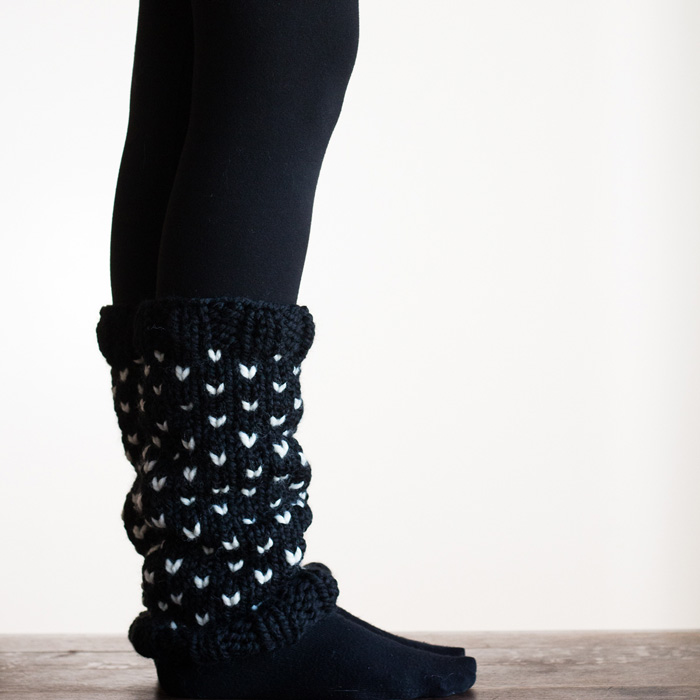 Leg-warmers-knitted-pattern-Black-white-hearts-For-Cold-Days-Womens