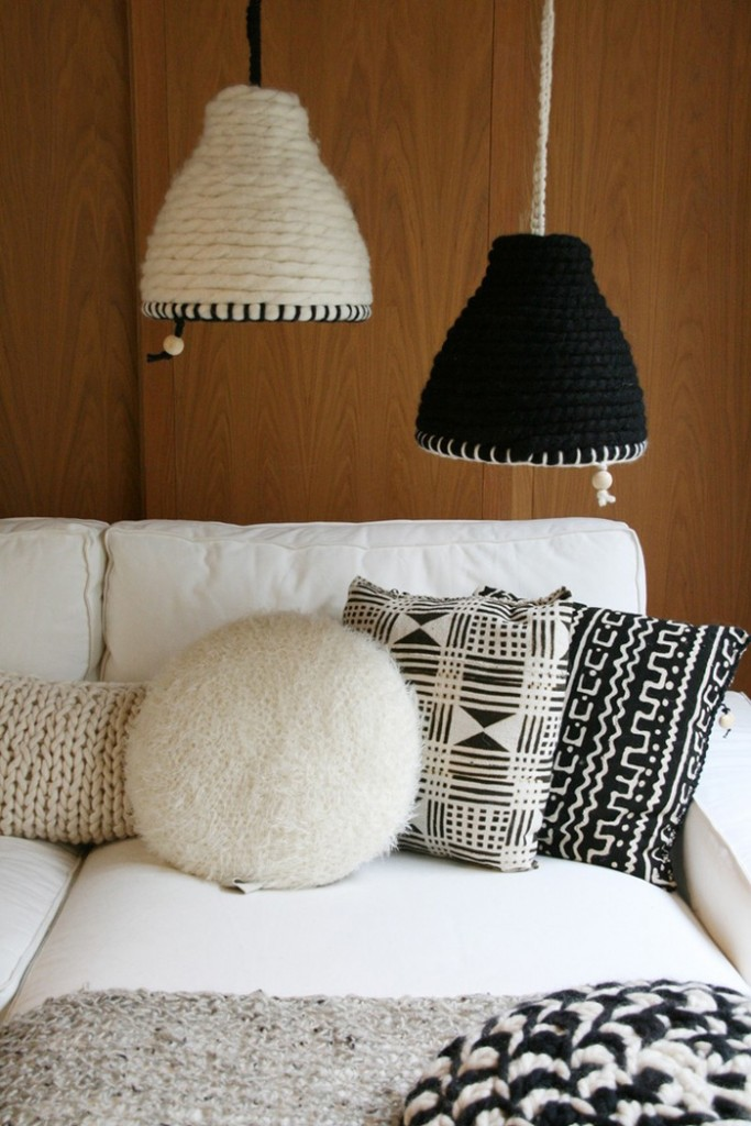 Livingroom Knitted White And Black Lamps Chunky Crochet