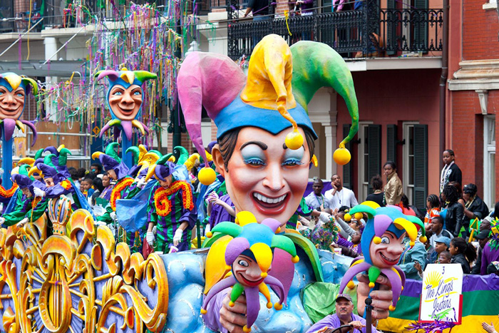 Mardi-Gras-New-Orleans-Carnival-Us-Big-Clown-Costume-on-the-streets-carnival-festival-carnival-party-carnival-events-local-carnivals-carnival-cruise