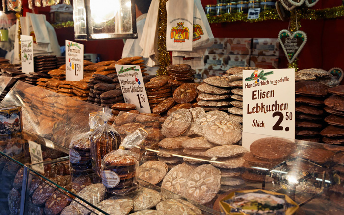 Nuremberg-Germany-Christmas-Markets-Cookies-Stall-Delicious-Christmas-Food