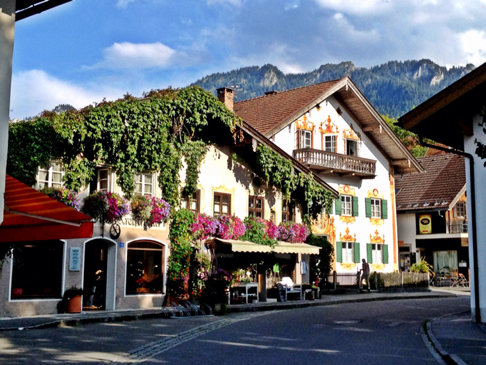 Oberammergau,-Germany-in-the-summer-europe-trip-planner-planning-a-trip-to-europe-driving-in-europe-planning-a-driving-holiday-in-europe