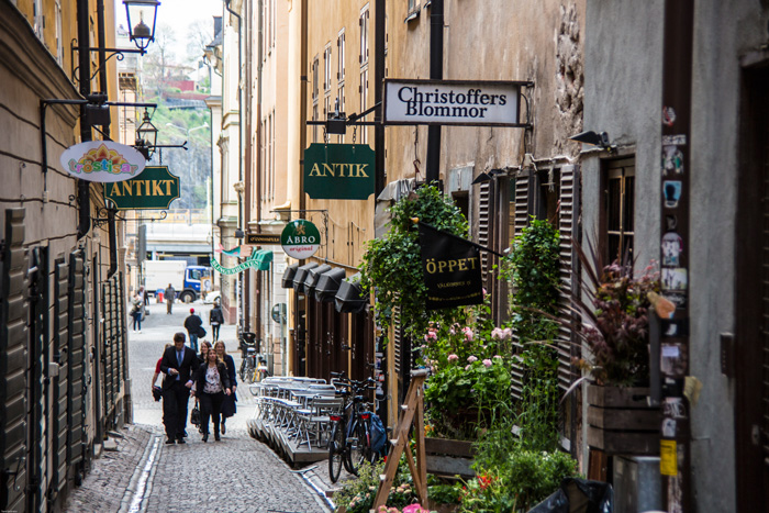 Old-Town-Stockholm-Small-Cosy-Street-solo-travel-companies-places-to-travel-alone-solo-female-travel-solo-travel-destinations