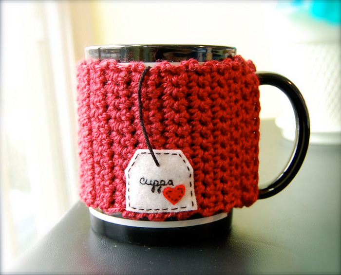 Red-Knitted-Cozy-Tea-Cup-Cover-crochet-home-décor-knitted-decorations-knitted-home-decor