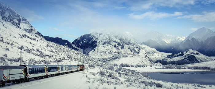 Tranz-Alpine-Wintertime-Mountains-Trail-train-travel-rail-travel-great-train-journeys-train-vacations-packages-best-train-trips-scenic-railroad-trips