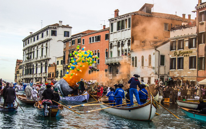 Venice-Carnival-Venice-Cannal-Boats-Colorful-Baloons-carnival-festival-carnival-party-carnival-events-local-carnivals-carnival-cruise