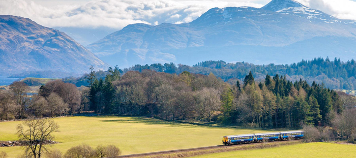 West-Highland-Train-Line-Scotland-by-Rail-train-travel-rail-travel-great-train-journeys-train-vacations-packages-best-train-trips-scenic-railroad-trips