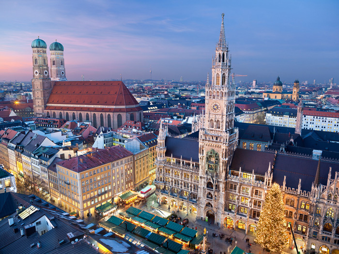 munich-marienplatz-Christmas-Market-solo-travel-single-travel-travelling-alone-solo-vacations-solo-travel-companies-places-to-travel-alone