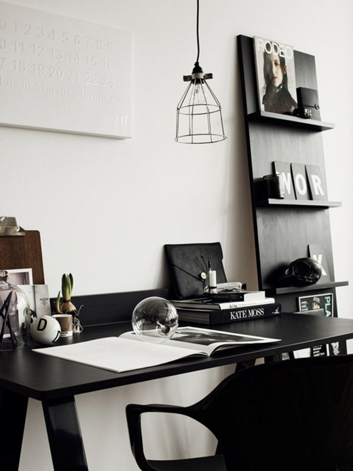Black-and-White-Feminine-Office-Black-Desk-Workplace-Minimal-Design-home-office-feminine-home-office-home-office-ideas-home-office-desk-home-office-design
