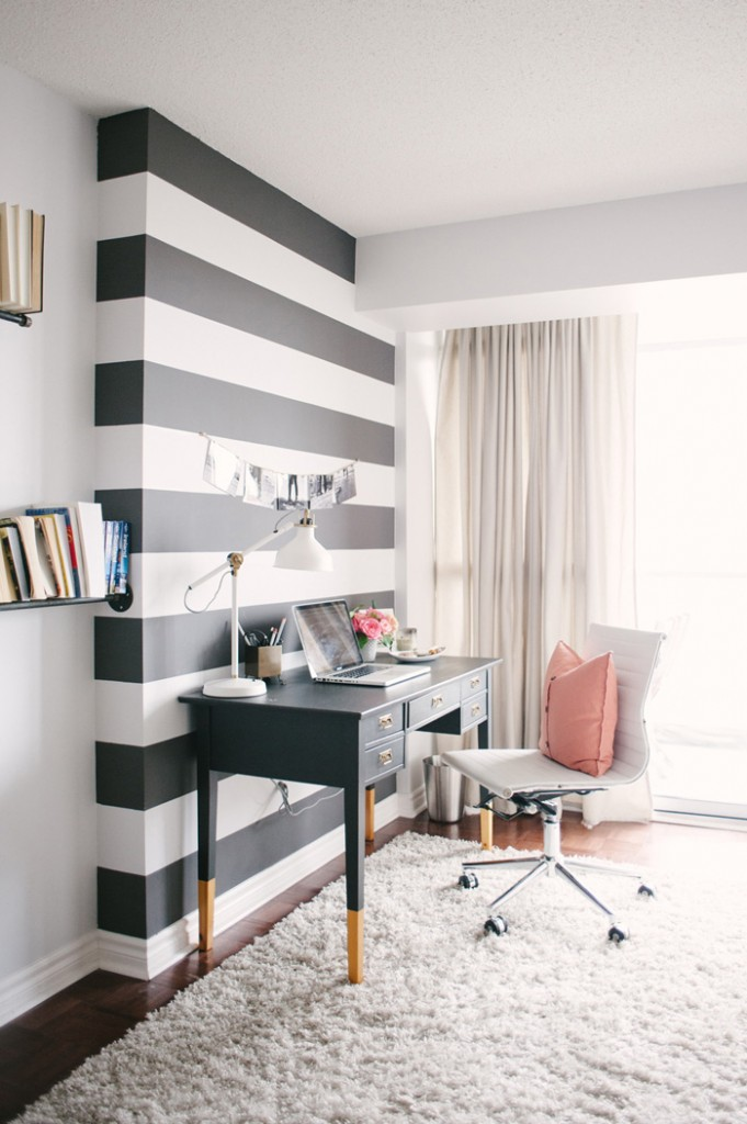 Black-and-White-Office-Wall-Feminine-Home-Office-White-Office-Rug-Black-Desk-home-office-feminine-home-office-home-office-ideas-home-office-desk-home-office-design