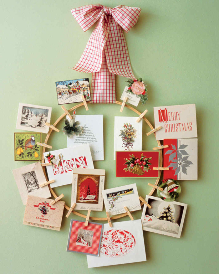 Christmas-Old-Cards-Decor-for-Wall-White-Christmas-Livingroom-Decoraion-christmas-diy-christmas-home-décor-christmas-decoration-ideas-christmas-mantel-decorations