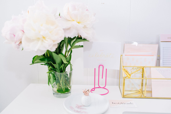 Feminine-White-Office-White-Desk-Flowers-feminine-office-accessories-chic-office-home-office-feminine-home-office-home-office-ideas-home-office-desk-home-office-design