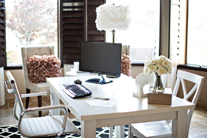Feminine-Wooden-Workplace-Soft-Brown-Colors-home-office-feminine-home-office-home-office-ideas-home-office-desk-home-office-design