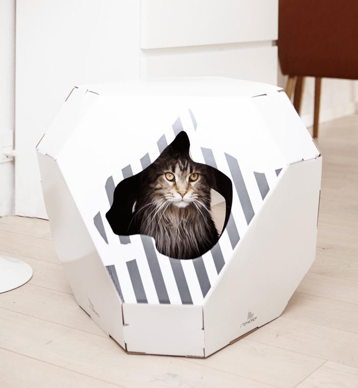 Indoor-Pet-Houses-Cat-Cardboard-Pretty-Indoor-House-house-pet-beds-cat-houses